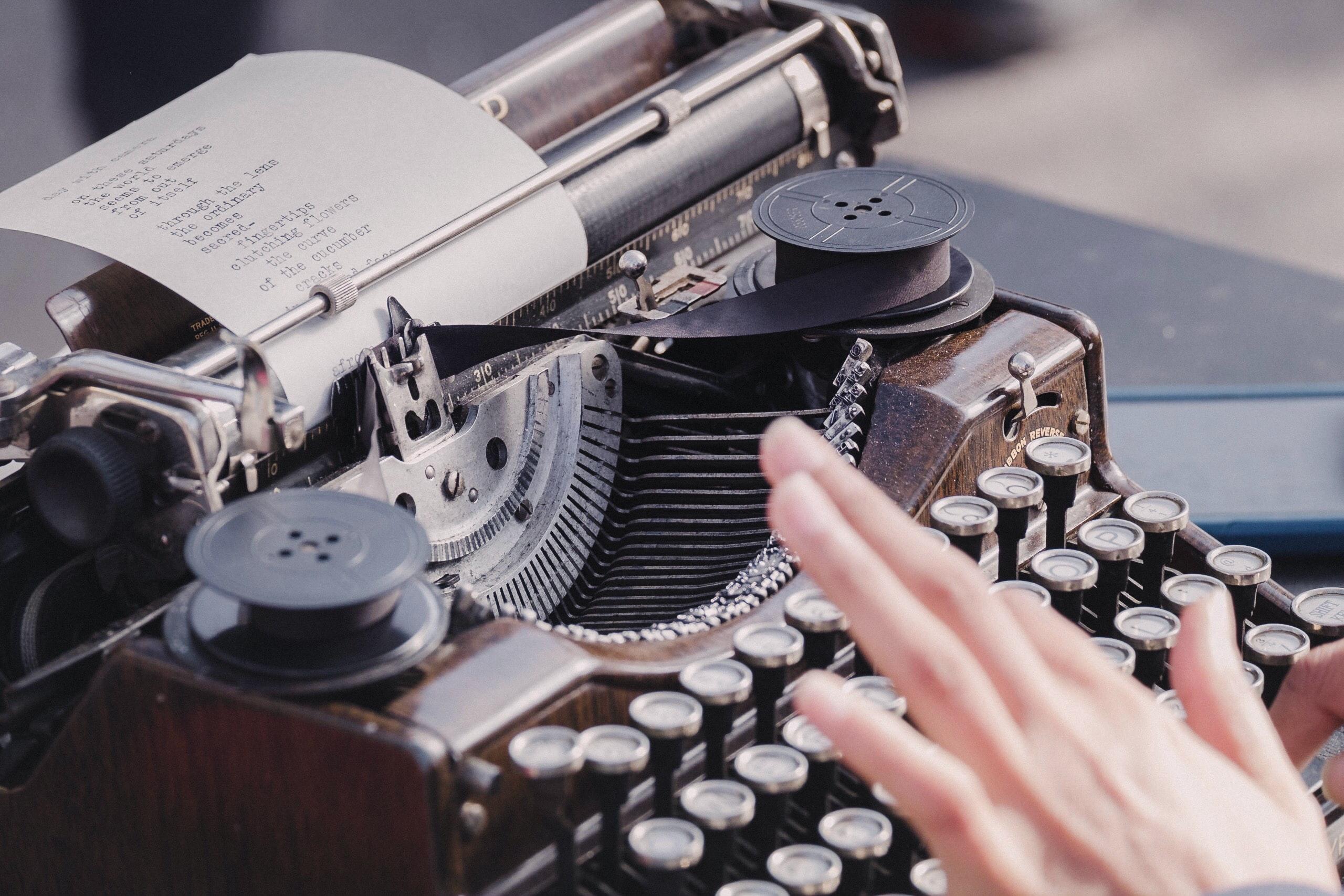 Escrever - Palavra de Autor - Entrevista a Ann Yeti