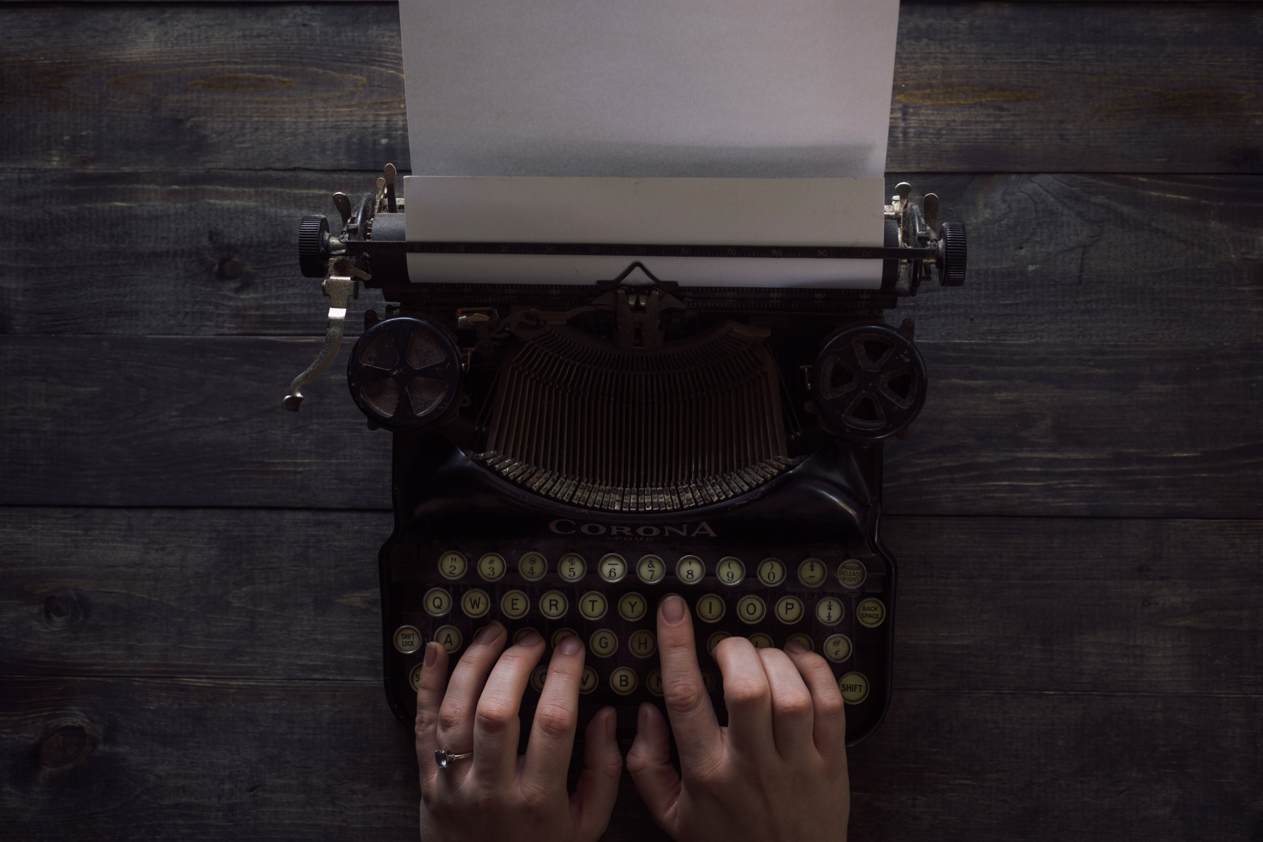 Escrever - Palavra da Autora Carla Garrido